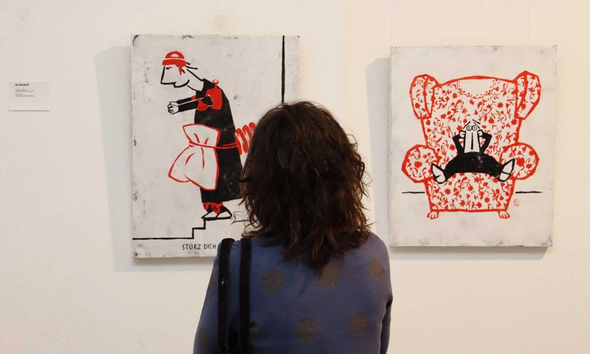 Bilder von Jan Rieckhoff mit Besucherin